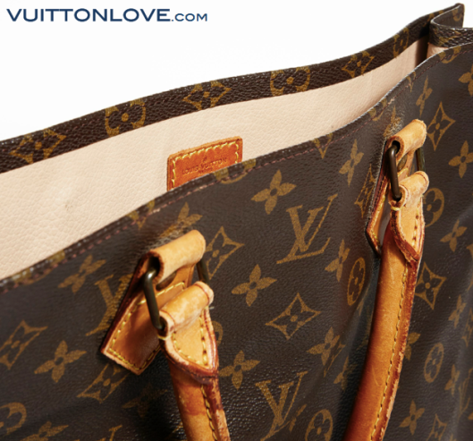 Louis Vuitton Sac Plat Monogram Canvas Vuitton Love 4