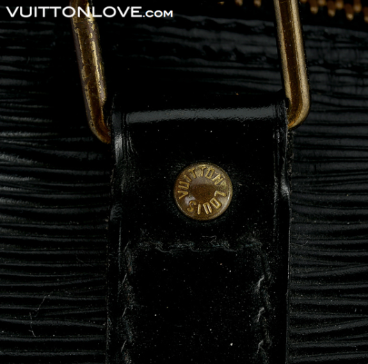 Louis Vuitton Keepall 55 Epi svart Vuitton Love 4