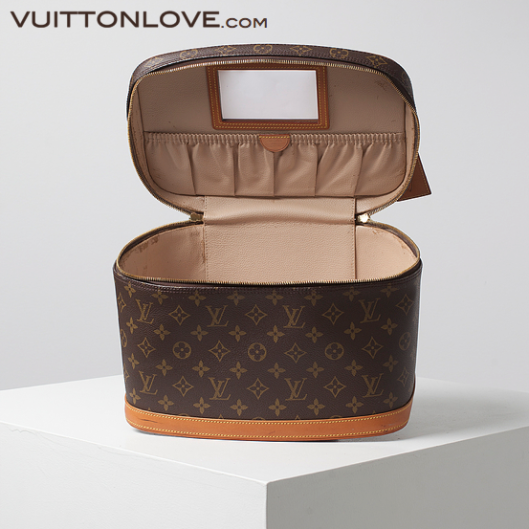 Louis Vuitton necessar Nice Monogram Canvas Vuitton Love 3