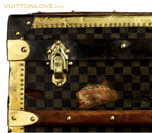 Louis Vuitton vintage Damier Trunk Vuitton Love 2