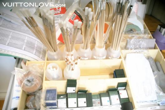 Louis Vuitton fabriken atelier tillverkning vaskor Asnieres-sur-Seine Vuitton Love 32