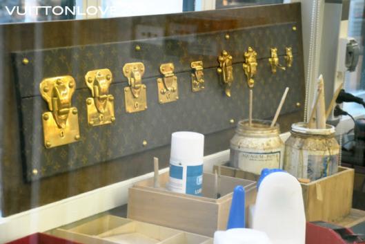 Louis Vuitton fabriken atelier tillverkning vaskor Asnieres-sur-Seine Vuitton Love 35