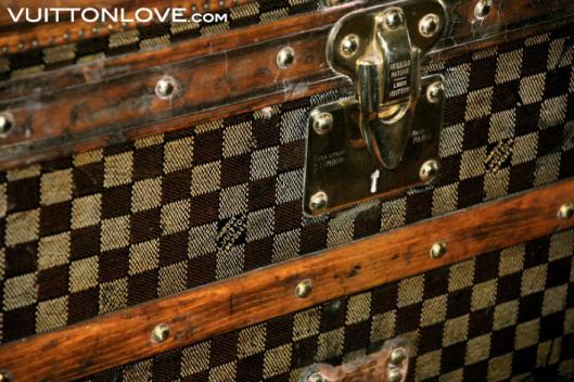 Louis Vuitton fabriken atelier tillverkning vaskor Asnieres-sur-Seine Vuitton Love 37