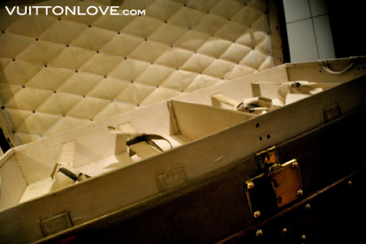 Louis Vuitton fabriken atelier tillverkning vaskor Asnieres-sur-Seine Vuitton Love 40