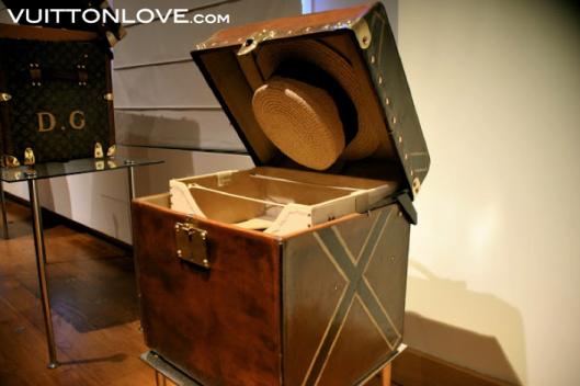 Louis Vuitton fabriken atelier tillverkning vaskor Asnieres-sur-Seine Vuitton Love 42